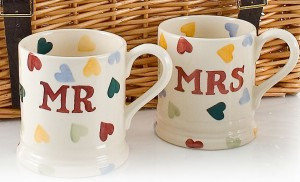 Mr and Mrs mugs as gift for in-laws