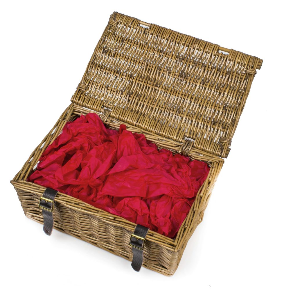How to pack a hamper