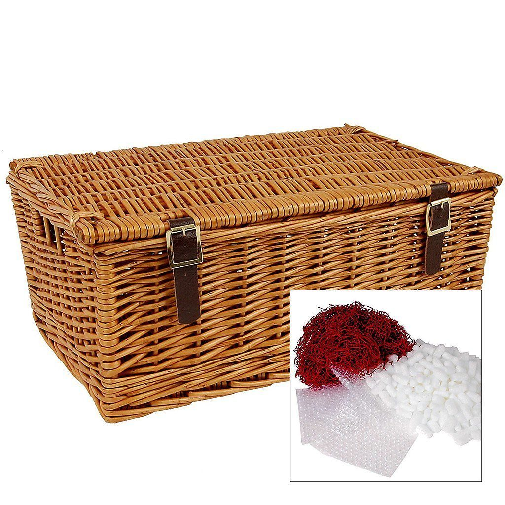 """18"""" Traditional Lidded Hamper with Packaging"""